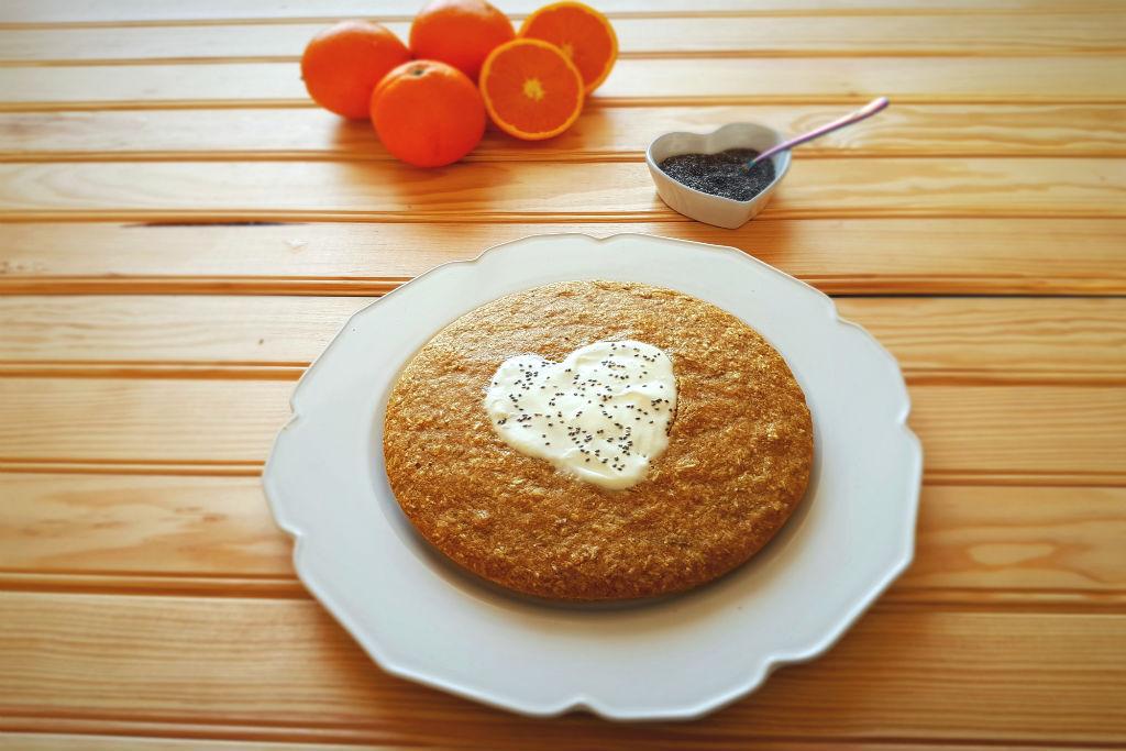Bolo de coco e laranja