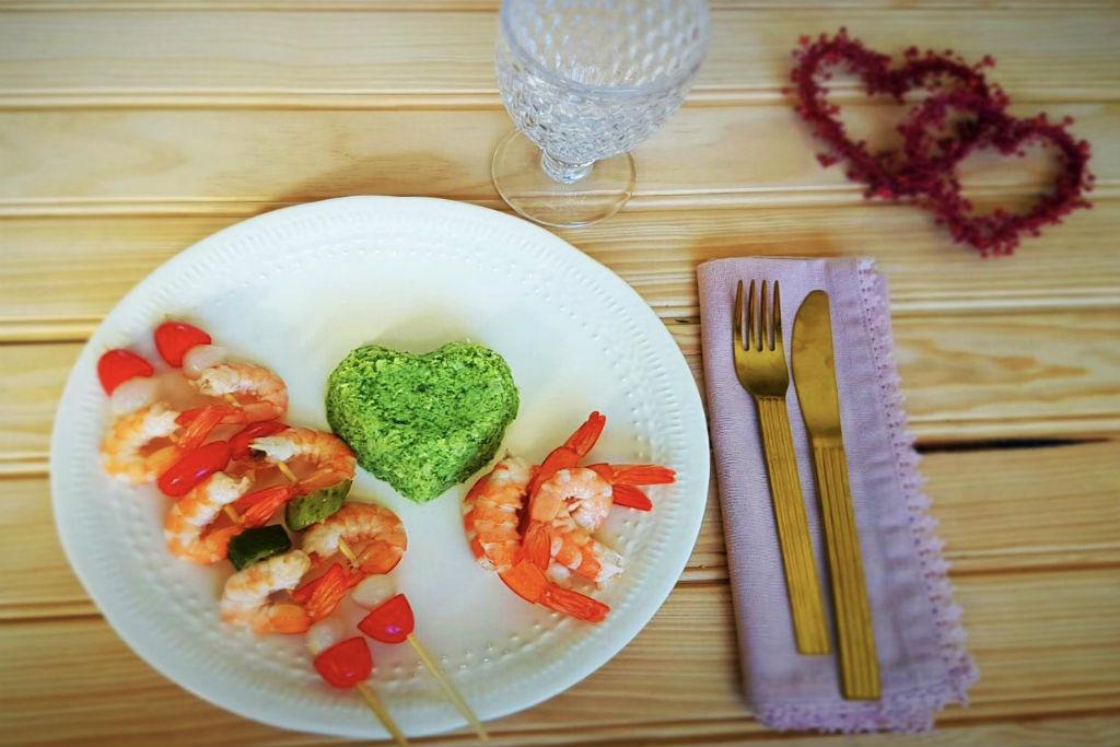 Esmagada de brócolos com camarão