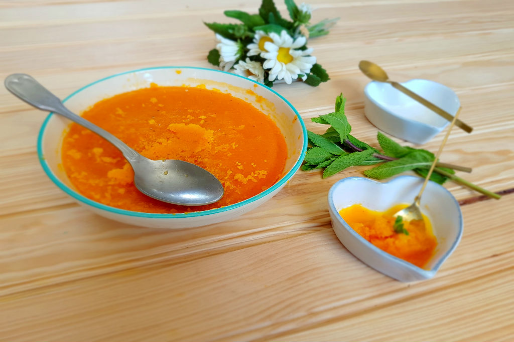Sorvete de cenoura e hortelã